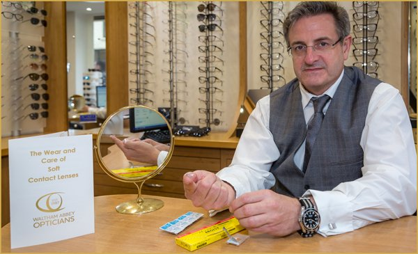 contact-lenses-waltham-abbey